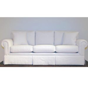 TRADISONAL COUCH