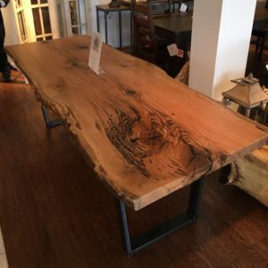 AMISH MENNONITE OAK TABLE