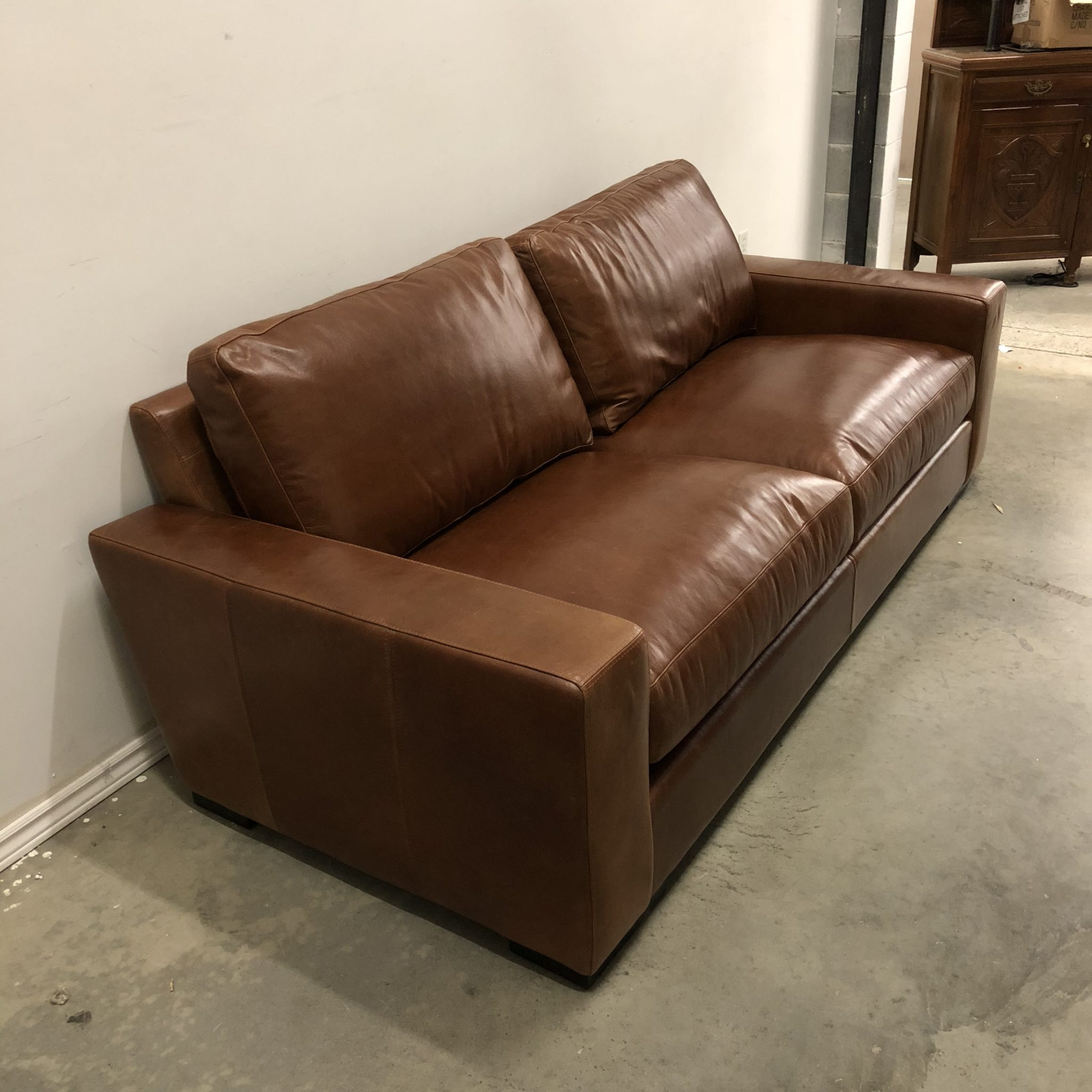 Swell Maxwell Custom Leather Sofa Evergreenethics Interior Chair Design Evergreenethicsorg