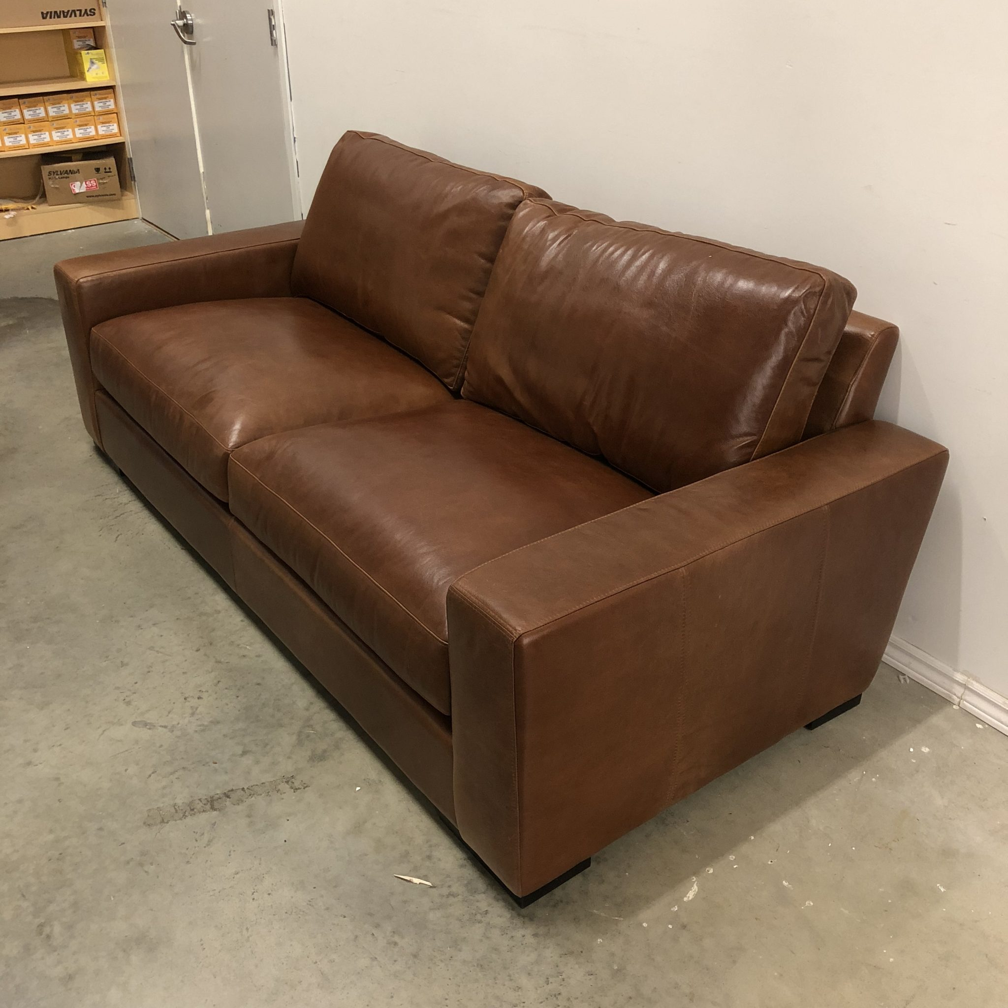 Enjoyable Maxwell Custom Leather Sofa Evergreenethics Interior Chair Design Evergreenethicsorg